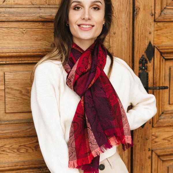 Echarpe-Victoria-laine-merinos-soie-fabrique-en-france-rouge