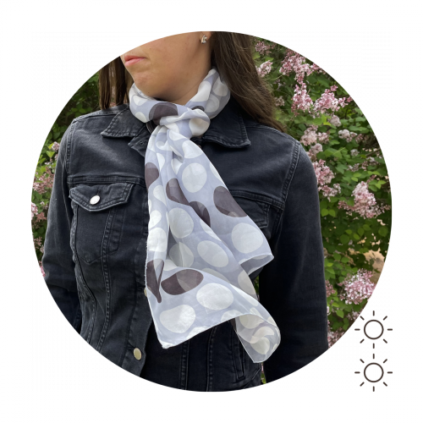Foulard-soie-femme-imprimée-pois-gris-A