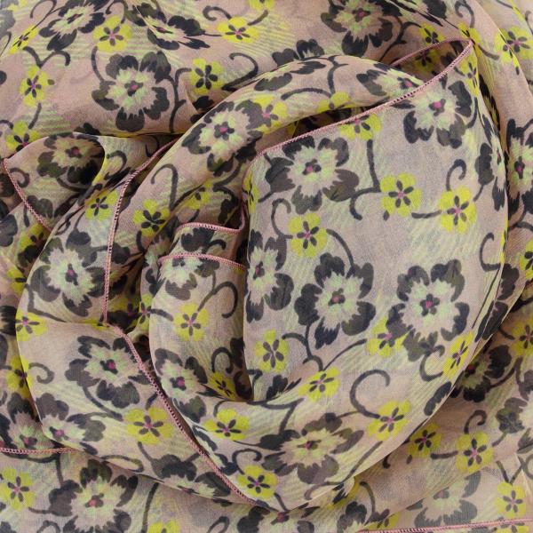 Foulard-femme-soie-rose-pastel-imprimé-fleur-fabrique-en-France