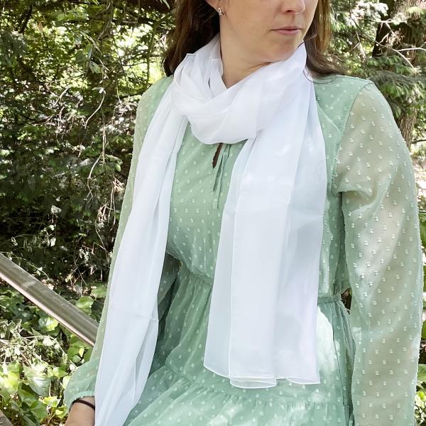 Etole-foulard-femme-mousseline-soie-blanc-1A