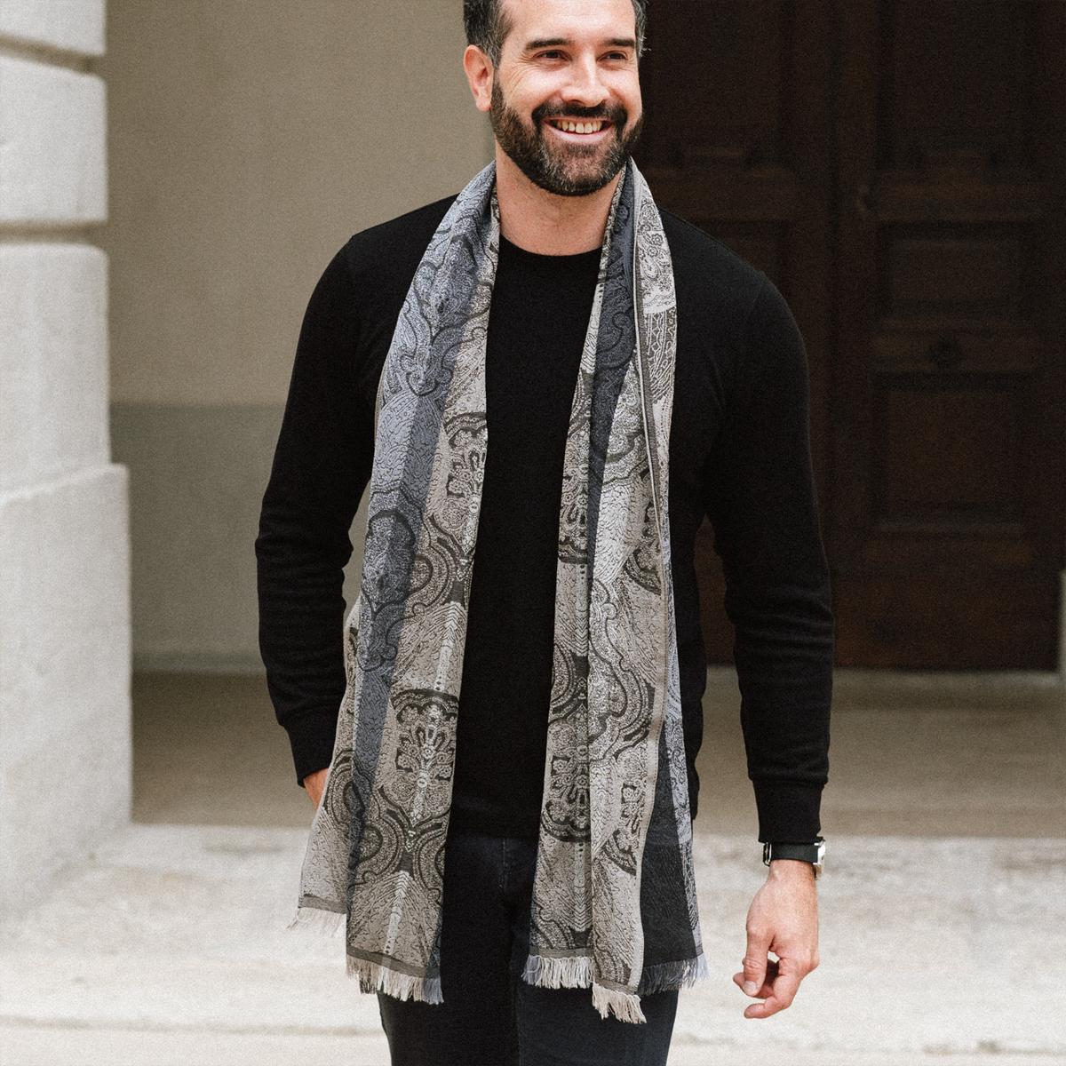 Echarpe Homme Noir et Gris en laine et soie - Motif cachemire b35f12b1361