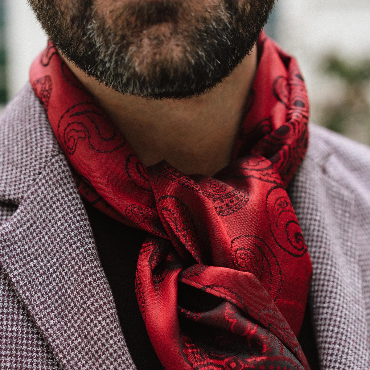 Echarpe Tissée Homme classique Rouge en Soie   Ultra luxueuse 56d91e960ec